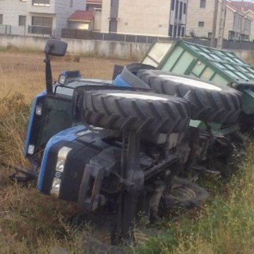 Tractor accidentado