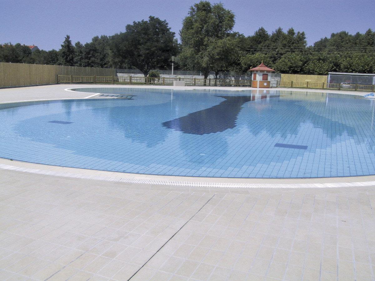 As piscinas exteriores de xinzo abren este s bado novas for Piscinas exteriores